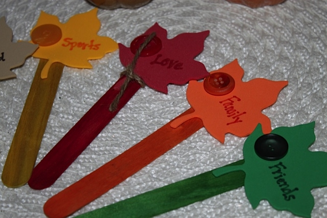 Thankful word craft sticks with foam leaves
